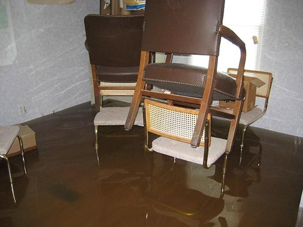 Adiós decoración por una inundación