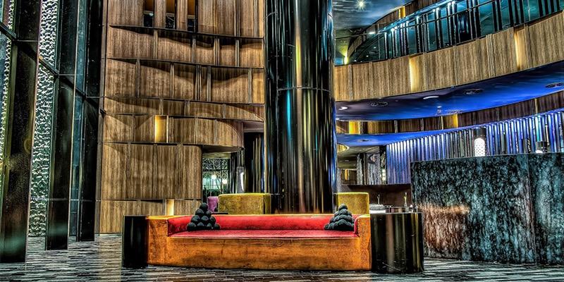 Recepción de hoteles de lujo